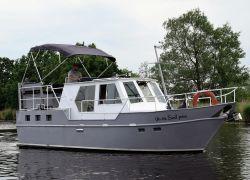 Beachcraft 950 AK, Motorjacht  for sale by Jachtbemiddeling Heeresloot B.V.