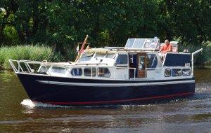 Veluwemeer kruiser GSAK, Motorjacht Veluwemeer kruiser GSAK te koop bij Jachtbemiddeling Heeresloot B.V.