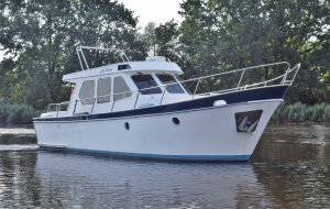 Made Kruiser OK, Motor Yacht Made Kruiser OK for sale at Jachtbemiddeling Heeresloot B.V.