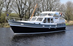 Volker Trawler 1200, Motorjacht Volker Trawler 1200 te koop bij Jachtbemiddeling Heeresloot B.V.