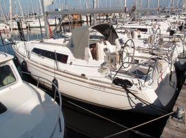 Beneteau Oceanis 31, Seglingsyacht Beneteau Oceanis 31säljs avSailing World Lemmer NL / Heiligenhafen (D)