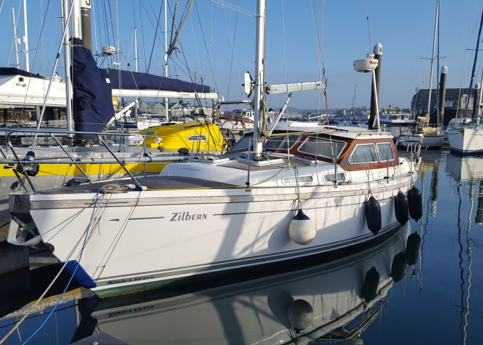 Sirius 32 DS, Zeiljacht  for sale by Sailing World Lemmer NL / Heiligenhafen (D)