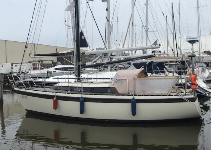 , Zeiljacht  for sale by Sailing World Lemmer NL / Heiligenhafen (D)
