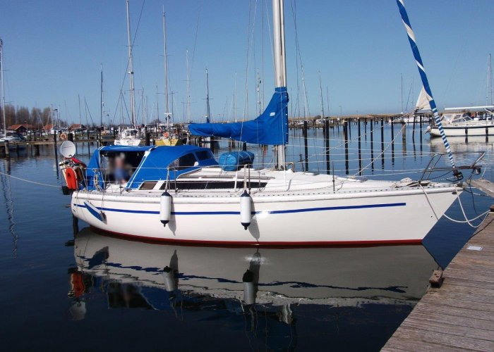 , Segelyacht  for sale by Sailing World Lemmer NL / Heiligenhafen (D)