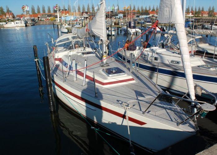 Aphrodite 33, Zeiljacht  for sale by Sailing World Lemmer NL / Heiligenhafen (D)