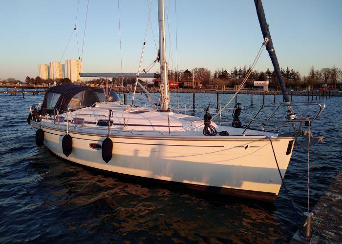 Bavaria 33 Cruiser, Zeiljacht  for sale by Sailing World Lemmer NL / Heiligenhafen (D)
