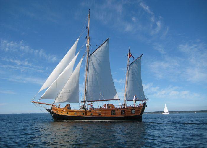 One Off Gaffel Kits, Zeiljacht  for sale by Sailing World Lemmer NL / Heiligenhafen (D)