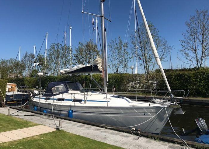 Bavaria 37-2 Bavaria 37-2, Zeiljacht  for sale by Sailing World Lemmer NL / Heiligenhafen (D)