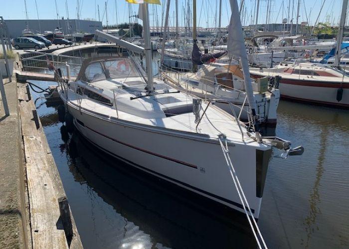Dufour 360 Grand Large, Zeiljacht  for sale by Sailing World Lemmer NL / Heiligenhafen (D)