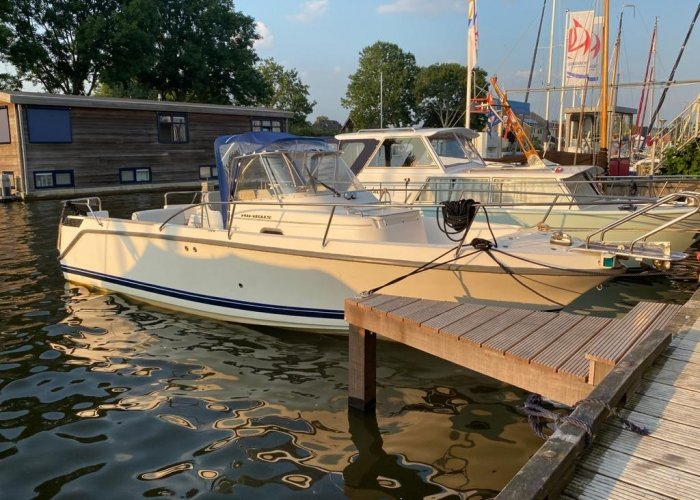 , Speed- en sportboten  for sale by Sailing World Lemmer NL / Heiligenhafen (D)
