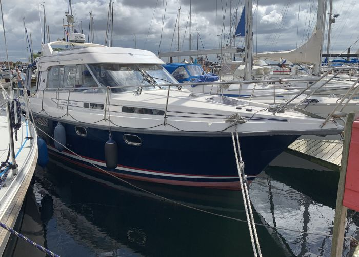 Nimbus 310, Motorjacht  for sale by Sailing World Lemmer NL / Heiligenhafen (D)