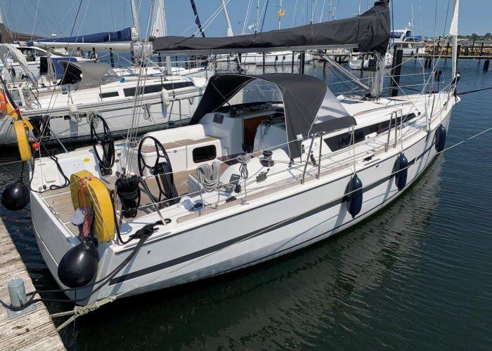 Dufour 36 Performance, Segelyacht  for sale by Sailing World Lemmer NL / Heiligenhafen (D)
