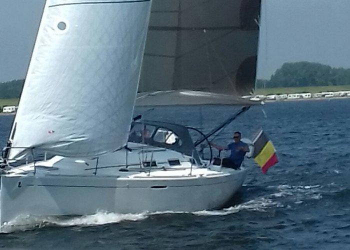, Segelyacht  for sale by Sailing World Lemmer NL / Heiligenhafen (D)