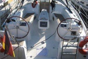 Beneteau Cyclades 39, Zeiljacht  - Sailing World Lemmer NL / Heiligenhafen (D)