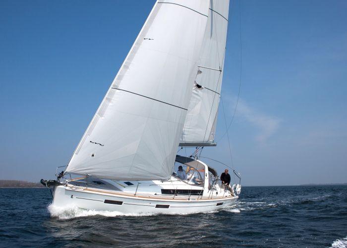Beneteau Oceanis 41, Segelyacht  for sale by Sailing World Lemmer NL / Heiligenhafen (D)