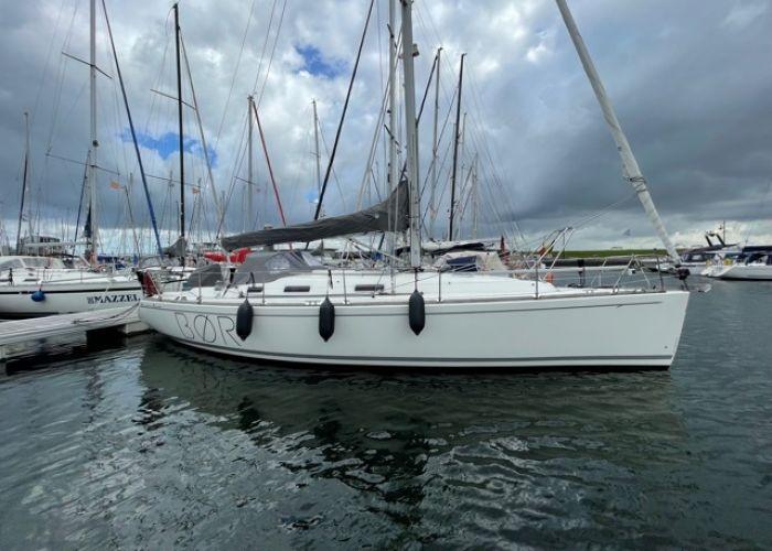 Salona 40, Segelyacht  for sale by Sailing World Lemmer NL / Heiligenhafen (D)