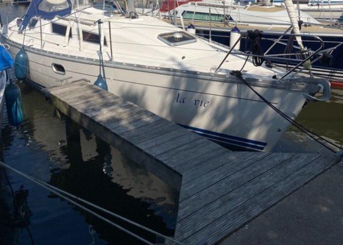 , Zeiljacht  for sale by Sailing World Lemmer NL / Heiligenhafen (D)