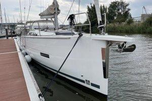 Dufour 430 Grand Large, Zeiljacht  - Sailing World Lemmer NL / Heiligenhafen (D)