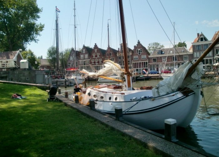 , Flach-und Rundboden  for sale by Sailing World Lemmer NL / Heiligenhafen (D)