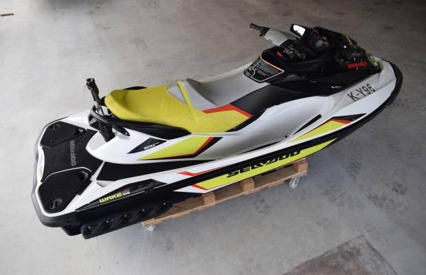 Sea Doo Wake 215 Pro, Speed- en sportboten Sea Doo Wake 215 Pro te koop bij Delta Watersport