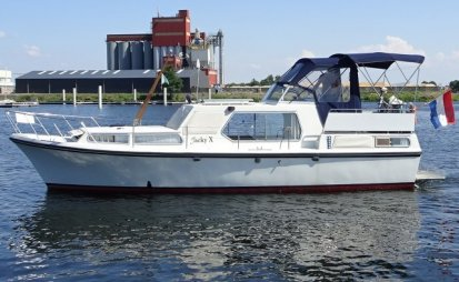 Neptunus 107 AK, Motorjacht for sale by EYN Jachtmakelaardij Zuidboten
