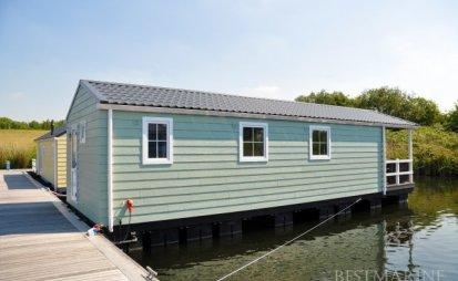 """Best Marine Chalet """"Beach"""", Woonboot for sale by EYN Jachtmakelaardij Noord West"""