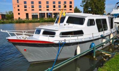 Pikmeer kruiser Salonkruiser, Motorjacht  for sale by VesselAuction B.V.