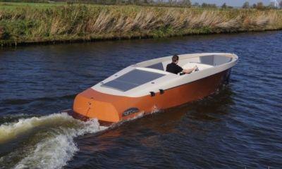 Reno Playa 8.85 Jet Aandrijving, Speedboat and sport cruiser  for sale by Bootveiling.com