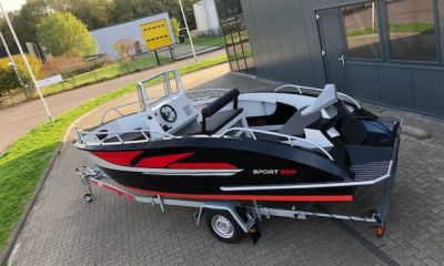 Hydrowave 590 Sport Met Trailer, Speedboat and sport cruiser  for sale by Bootveiling.com