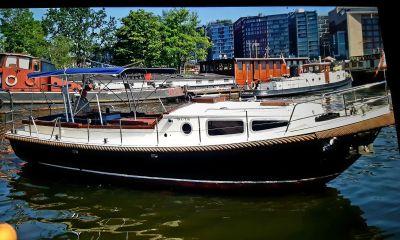 Bruijs Vlet, Motor Yacht  for sale by Bootveiling.com