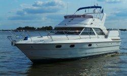 Princess 435 Flybridge, Motorjacht Princess 435 Flybridge te koop bij Serry, Jachtwerf & Jachtmakelaardij