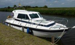 Aquastar 27 Pacesetter MK II. 170 Pk Yanmar Diesel, Motorjacht Aquastar 27 Pacesetter MK II. 170 Pk Yanmar Diesel te koop bij Serry, Jachtwerf & Jachtmakelaardij