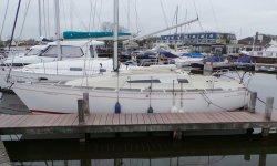 Beneteau First 26, Zeiljacht Beneteau First 26 te koop bij Serry, Jachtwerf & Jachtmakelaardij