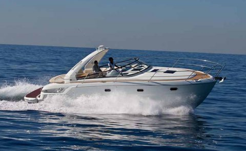 Bavaria Sport 34, Speedboat and sport cruiser for sale by Boarnstream Yachting