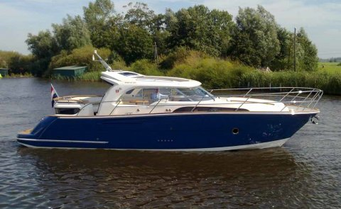 Marex 370 ACC, Motorjacht for sale by De Boarnstream International Motoryachts