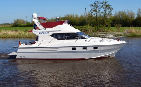 Suncruiser 35 Fly, Speed- en sportboten for sale by De Boarnstream International Motoryachts