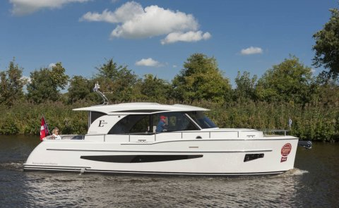Boarncruiser 1100 Elegance - Sedan, Motorjacht for sale by De Boarnstream International Motoryachts