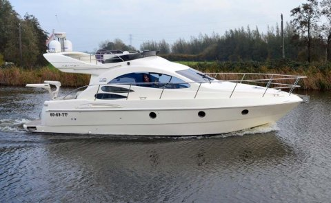 Azimut 39 Evo Fly, Speedboat and sport cruiser for sale by Boarnstream Yachting