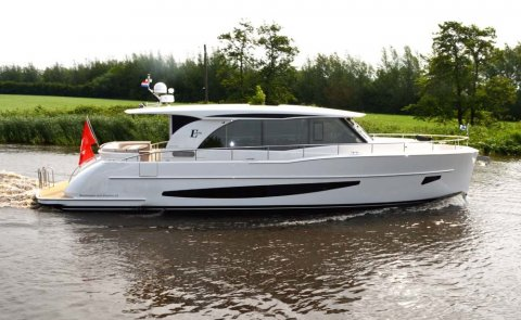 Boarncruiser 1670 Elegance - Center Sleeper, Superyacht Motor for sale by Boarnstream Yachting
