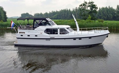 Reline Classic 1380, Motor Yacht for sale by De Boarnstream International Motoryachts