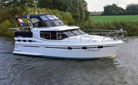 Vri-Jon Contessa 37E, Motor Yacht for sale by De Boarnstream International Motoryachts