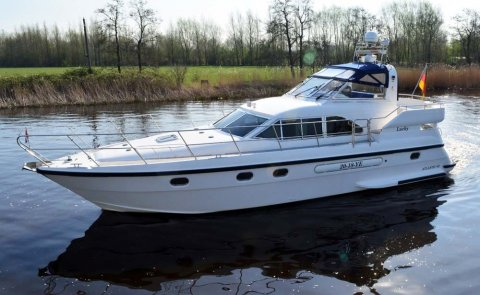 Atlantic 42, Motor Yacht for sale by De Boarnstream International Motoryachts