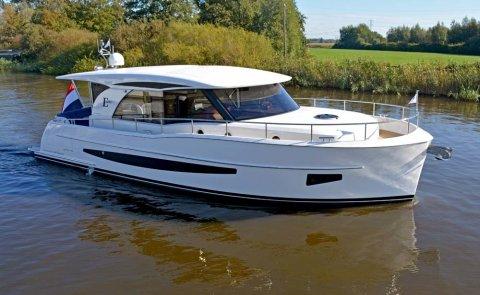 Boarncruiser 1280 Elegance - Sedan - Long Top, Motor Yacht for sale by De Boarnstream International Motoryachts