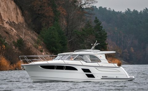 Marex 360 Cabriolet Cruiser, Motorjacht for sale by Boarnstream Yachting