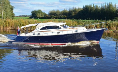 Rapsody R36 Cabrio, Motorjacht for sale by De Boarnstream International Motoryachts