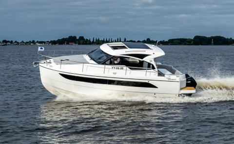 Rodman 31 HT Outboard, Motor Yacht for sale by Boarnstream Yachting
