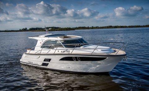 Marex 310 Sun Cruiser - DEMO, Motor Yacht for sale by Boarnstream Yachting