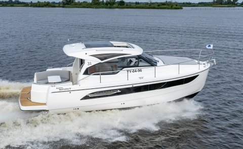 Rodman Spirit 31 HT - Inboard, Motor Yacht for sale by Boarnstream Yachting