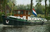 Sleepboot Motorsleepboot, Ex-commercial motor boat