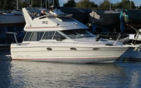 Bayliner 2958 Command Brigde, Motor Yacht Bayliner 2958 Command Brigde te koop bij Jachtmakelaardij Lodewijk Bos